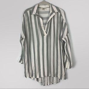 UMGEE • Striped Collar Tunic • M